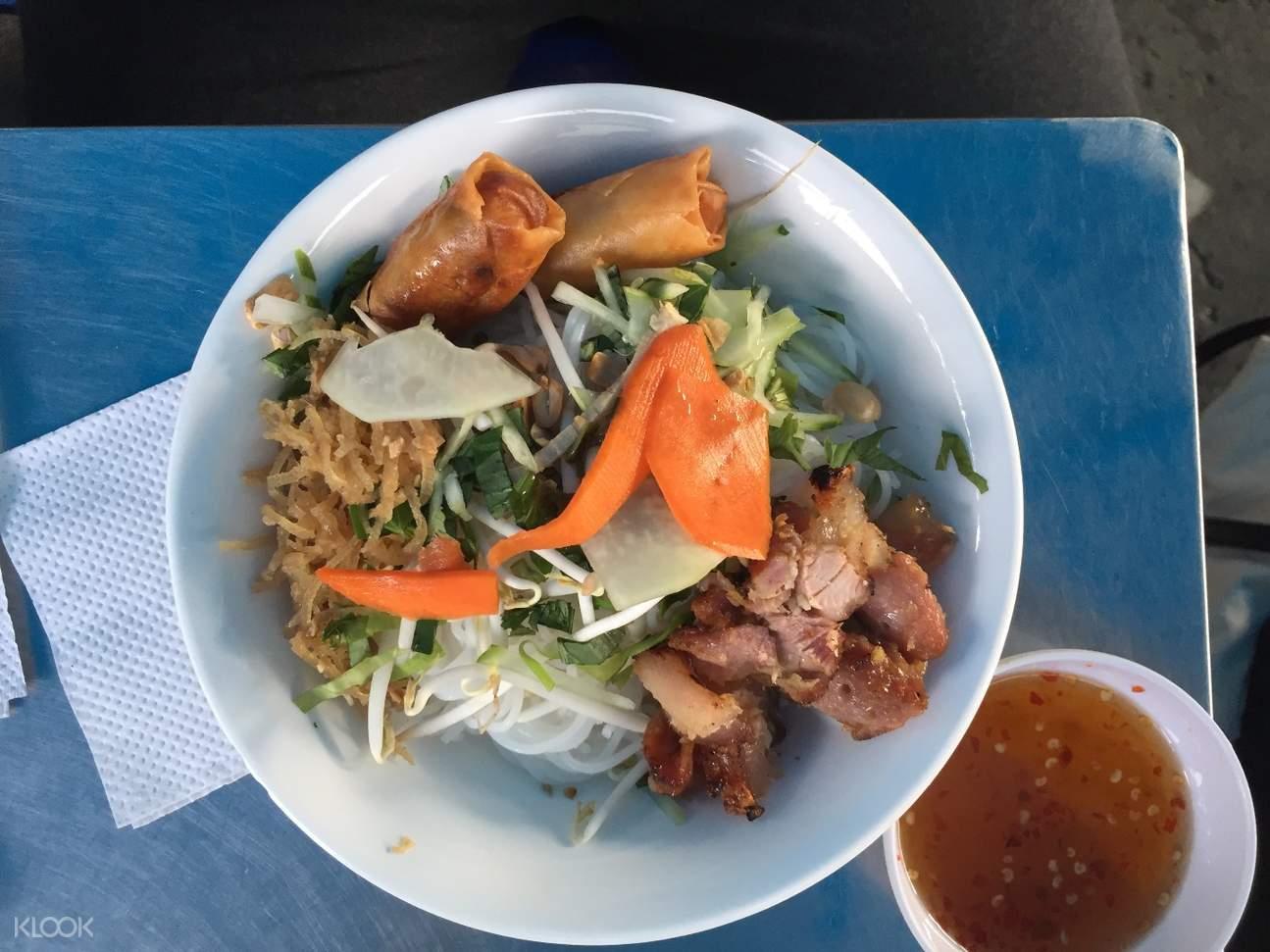 胡志明市美食探寻半日游