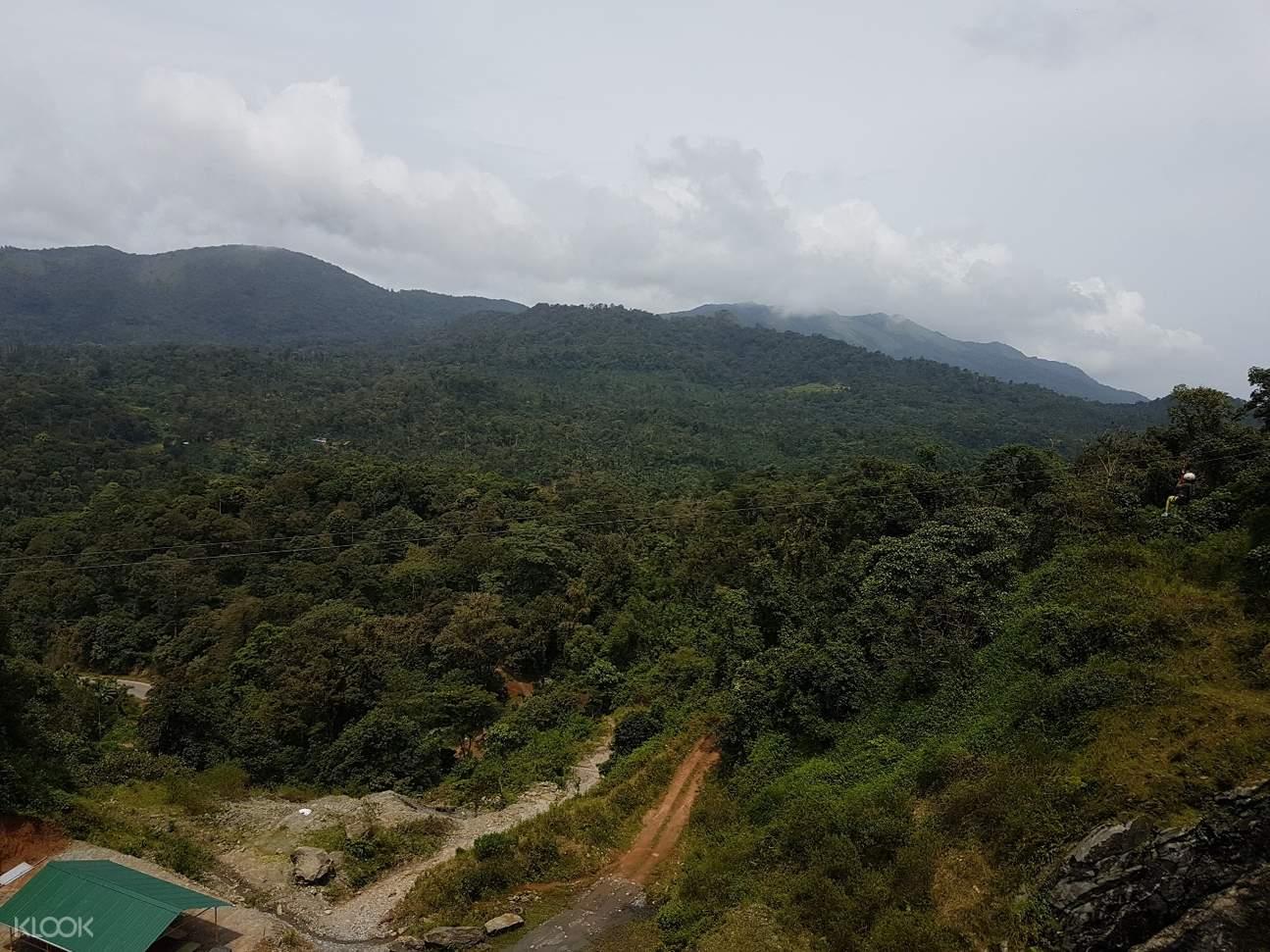 岩石攀爬探险