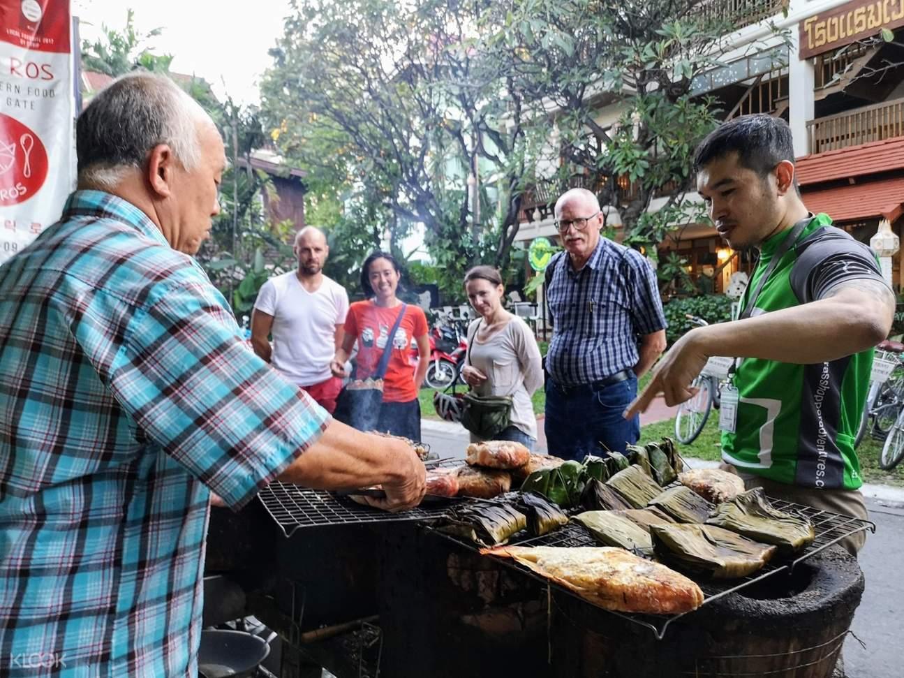 warorot market chiang mai thailand