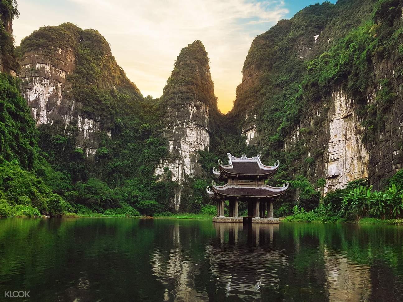 Bai Dinh - Trang An - Mua Cave Tour from Hanoi
