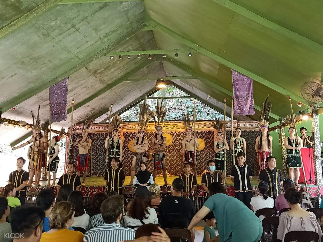 Mari Mari Village Cultrual performance