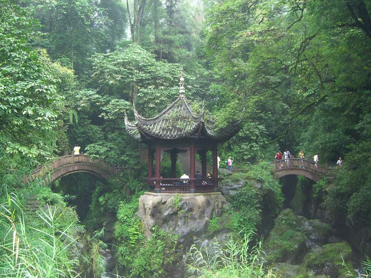 mount emei qingyin pavilion