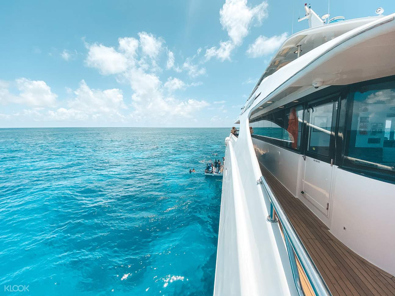 great barrier reef tour from cairns