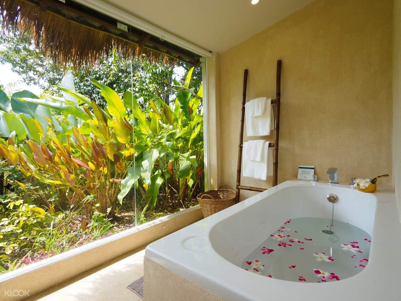 Bathroom - Villa Deluxe