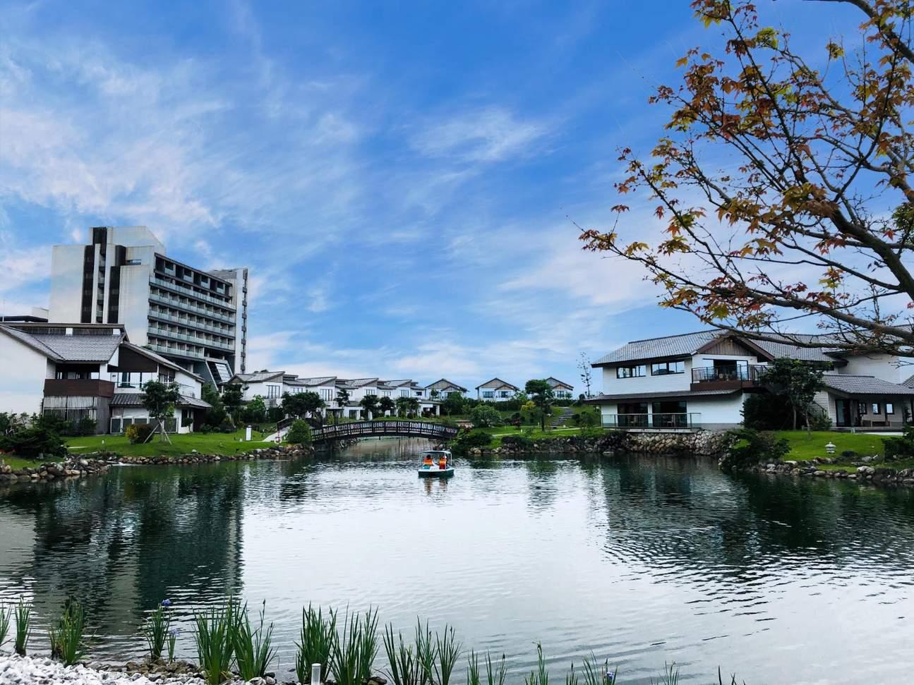 Dancewoods Yilan is a Japanese garden-themed resort