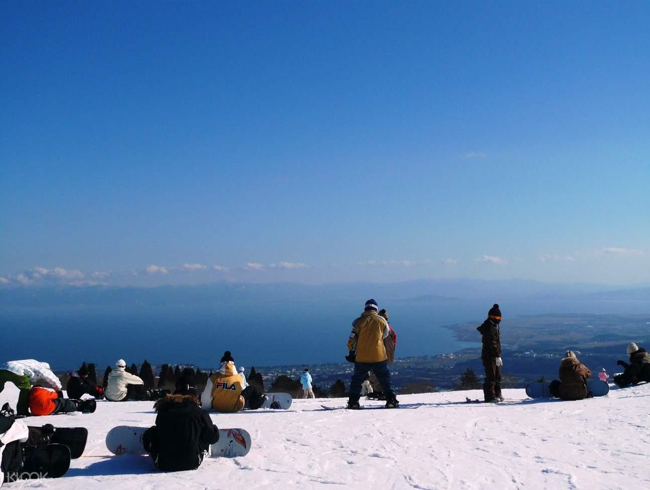 滋贺箱馆山滑雪场一日体验(大阪出发)