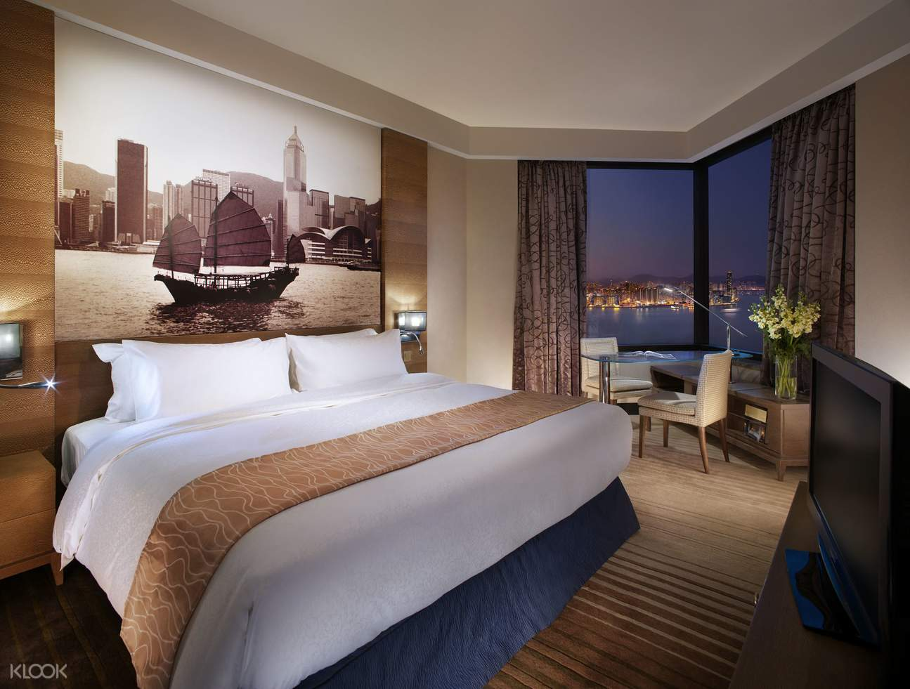 inside the Deluxe Harbour view room at Harbour Grand Hong Kong