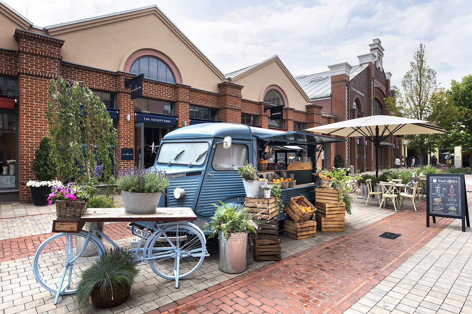 chic outlet shopping experience at ingolstadt village