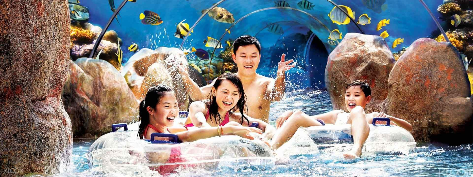 "Adventure Cove Waterpark"""