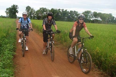 vang vieng bike tour