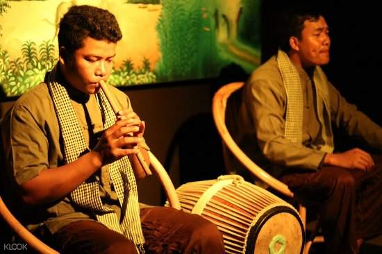 Garavek Storytelling Show in Siem Reap