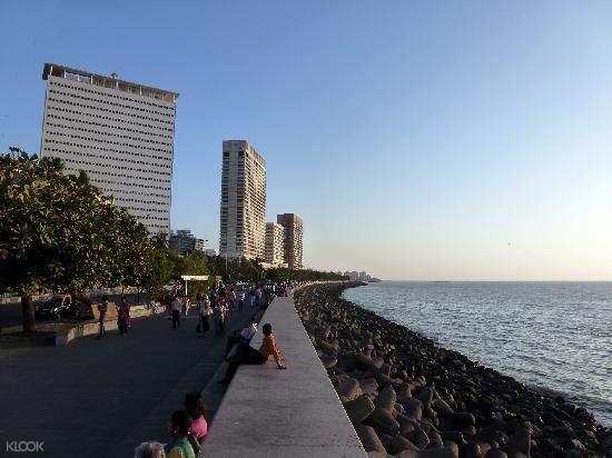 孟买海滨大道 Marine Drive