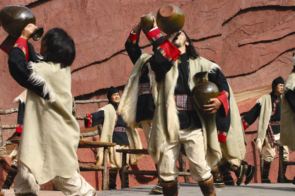 Lijiang Impression show performers
