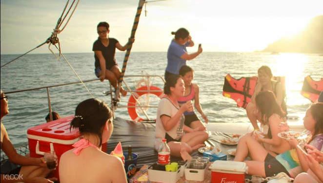 馬來西亞安達曼海遊艇晚餐