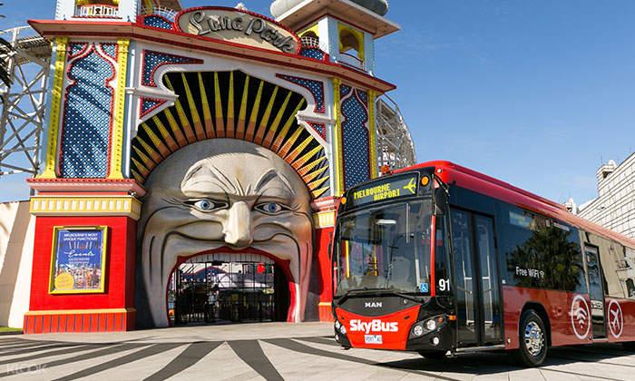 Service St Kilda Luna Park