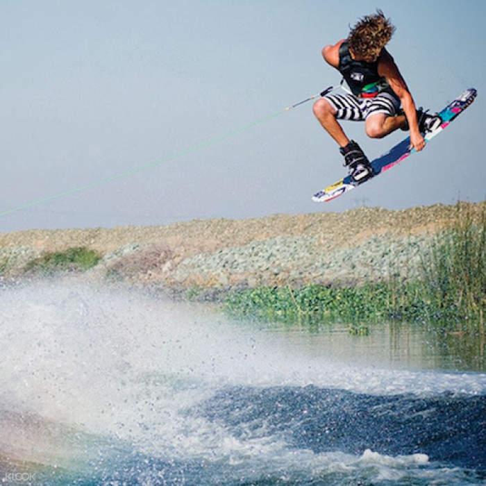长滩岛滑水,长滩岛快艇滑水,长滩岛水上运动,长滩岛特色体验