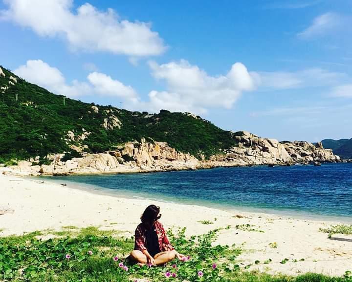 Hít thở không khí trong lành và thư giãn trên Bãi Nồm