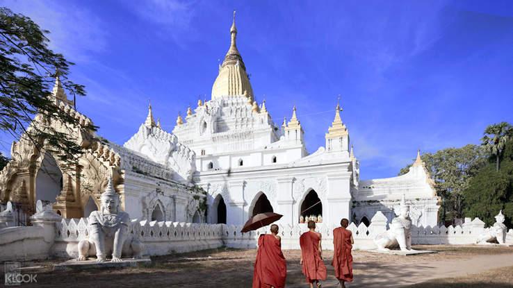 Mandalay Walking Tour