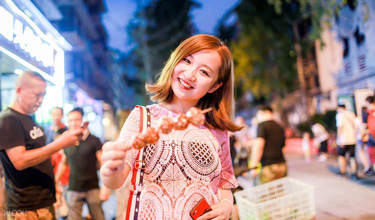 chengdu city night tour, chengdu city food tour, chengdu city and food tour
