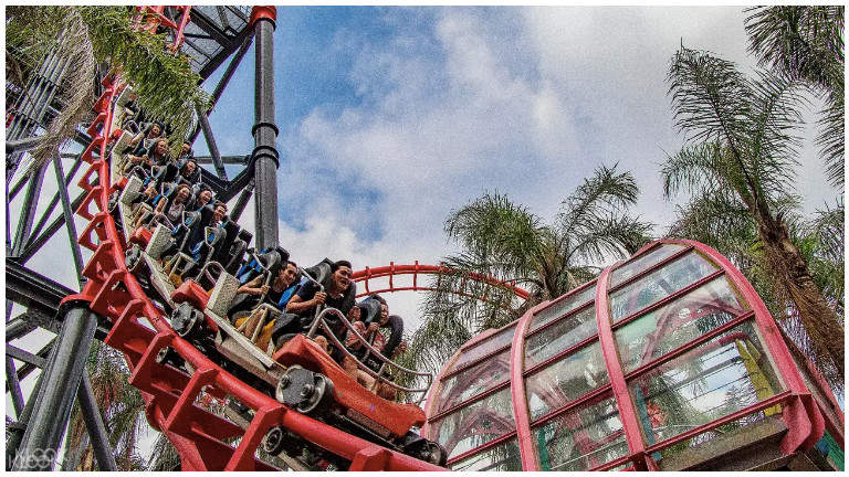 lihpaoland amusement park taiwan