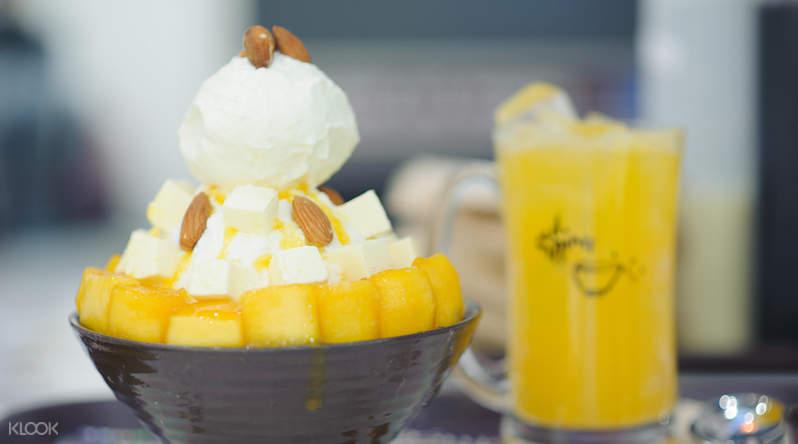 Mango Cheese Sulbing at Sulbing Korean Dessert Cafe in Bangkok