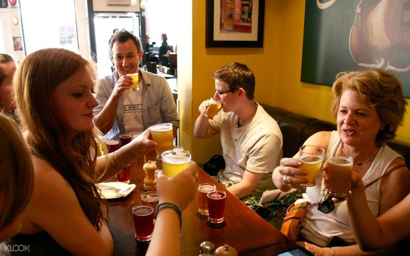 london pub crawl