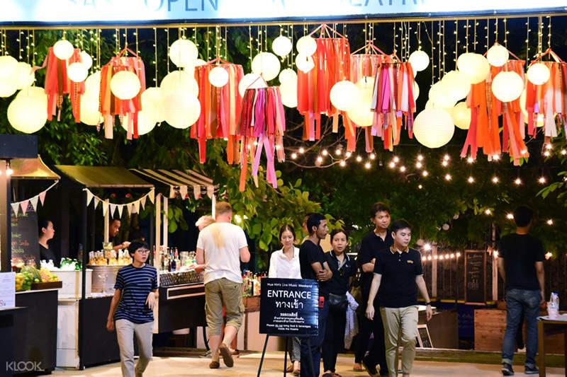 cicada night market hua hin tour