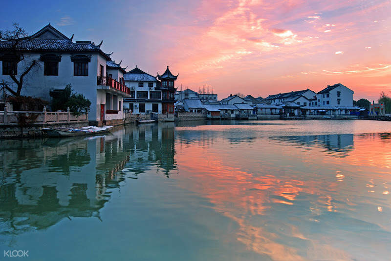 a series of folk houses by the riverside in jinxi