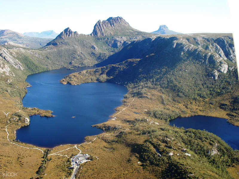 Cradle Mountain and Dove aLake