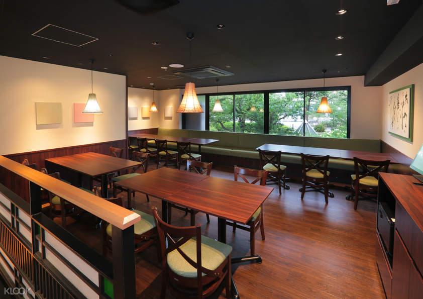 origami restaurant interior