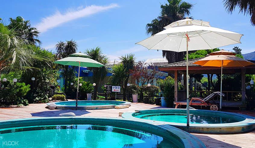 sanbangsan hot springs resort pool area