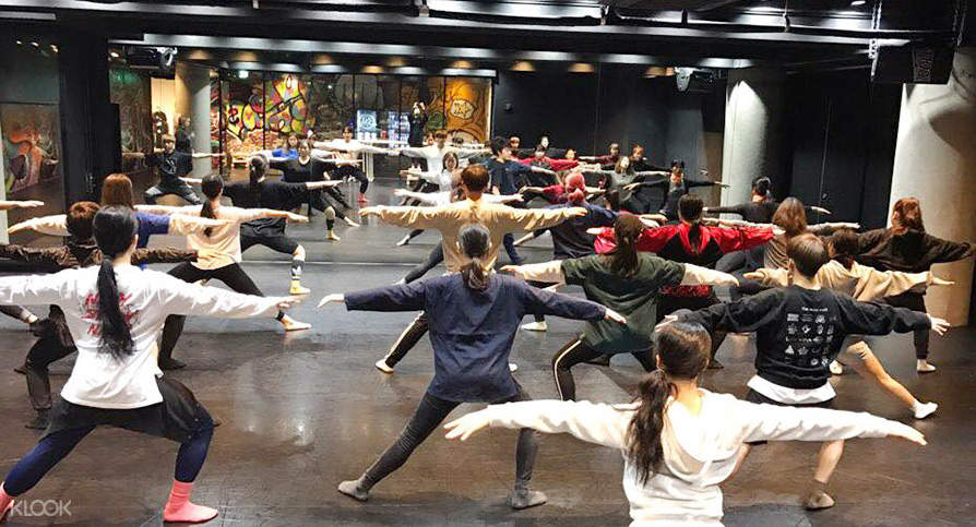 Korean Dance Class in Pas Dance Movement Center