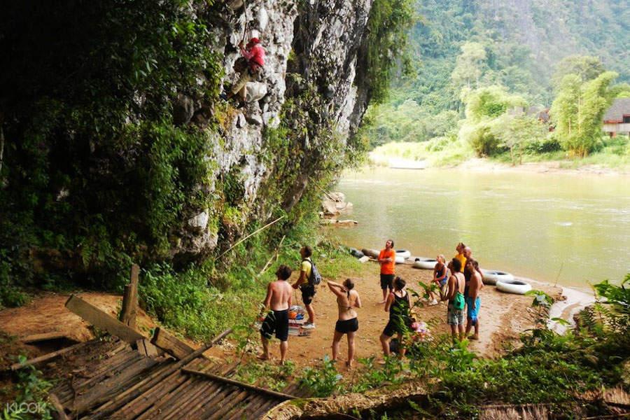 rock climbing vang vieng laos