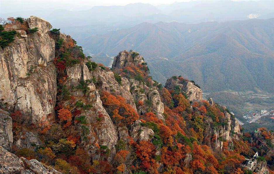 daedun mountain in autumn