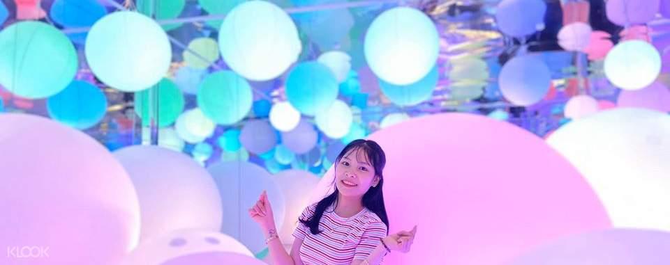 girl in illuminated ball room lumiere da lat