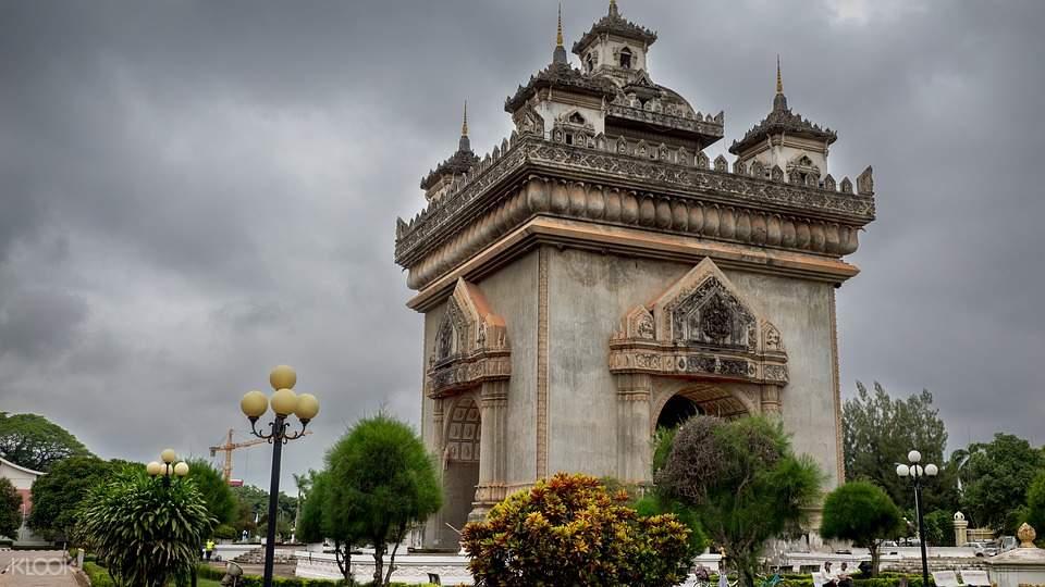Vientiane City Bike Tour
