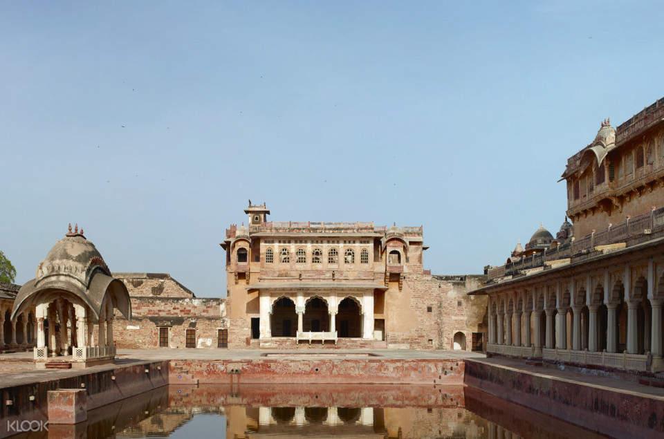 facade of nagaur fort