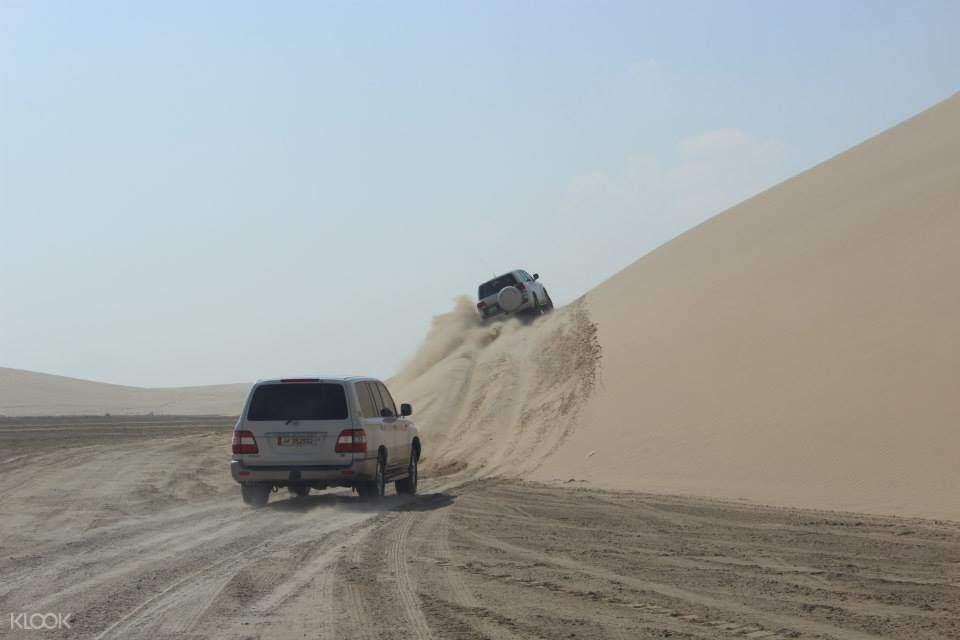 杜哈沙漠衝浪半日遊