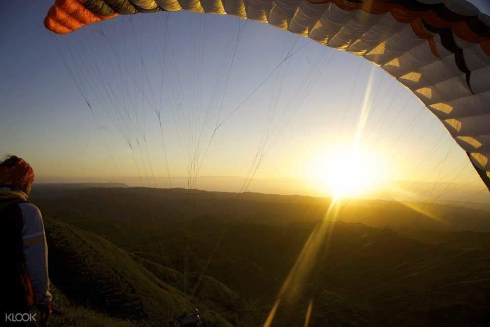 พระอาทิตย์ตกในมะนิลา