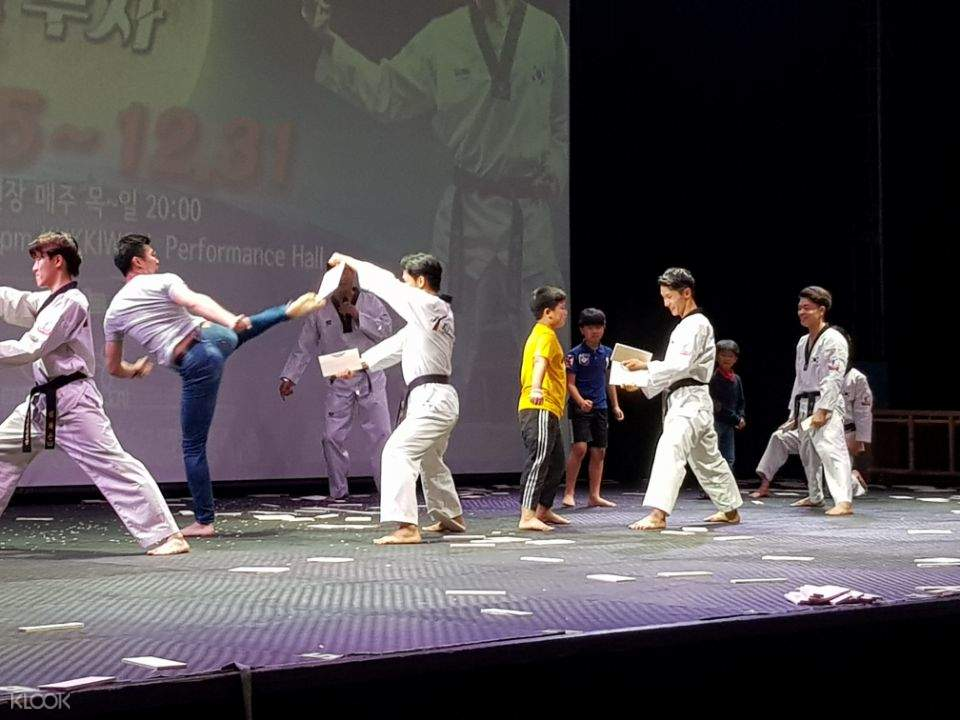 Taekwondo Board Breaking
