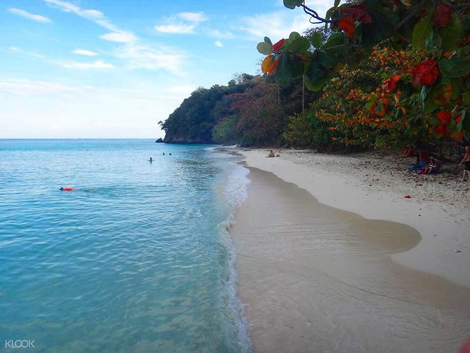 island hopping pattaya thailand