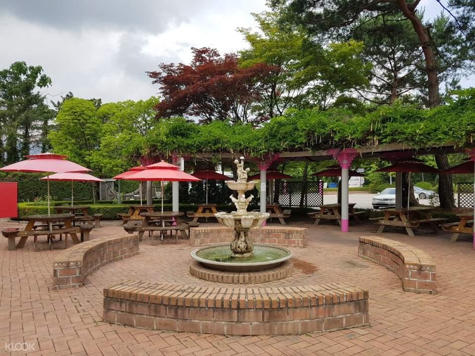 首爾樂園玫瑰山餐廳花園BBQ