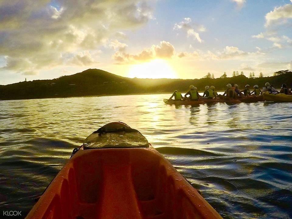 Sunrise kayak tour