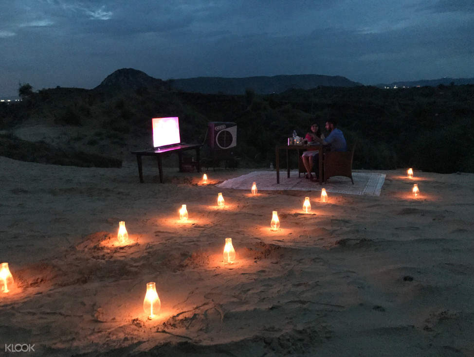Jaipur travel, Jaipur tourism, Jaipur dinner on the dunes