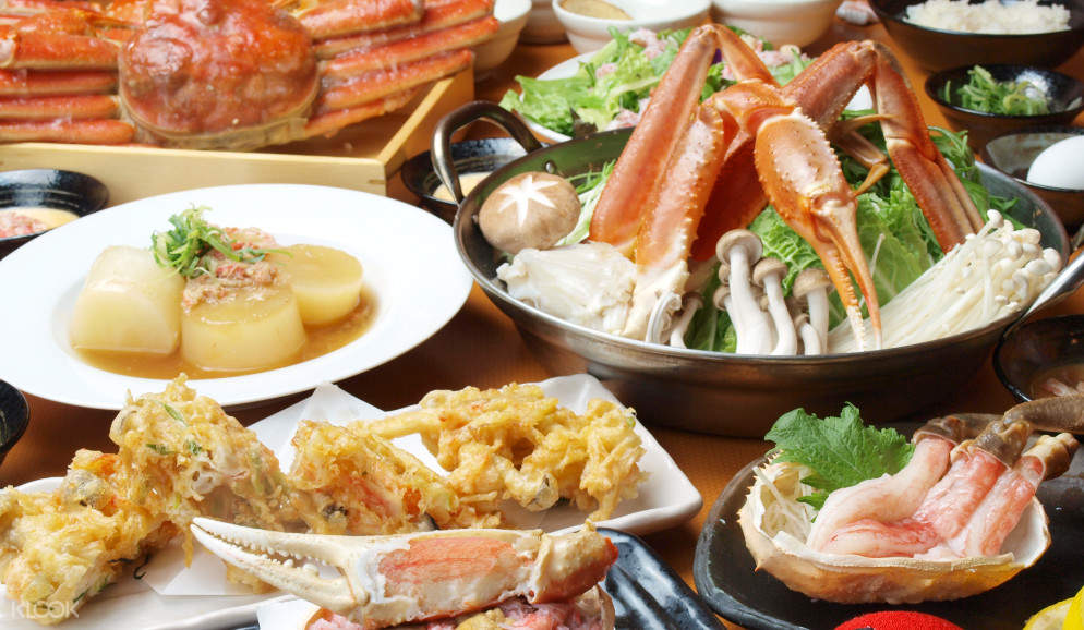 Boiled Crab and Seafood Buffet Course at KaniDaruma(蟹だるま)in Namba - Seafood and Crab Hotpot