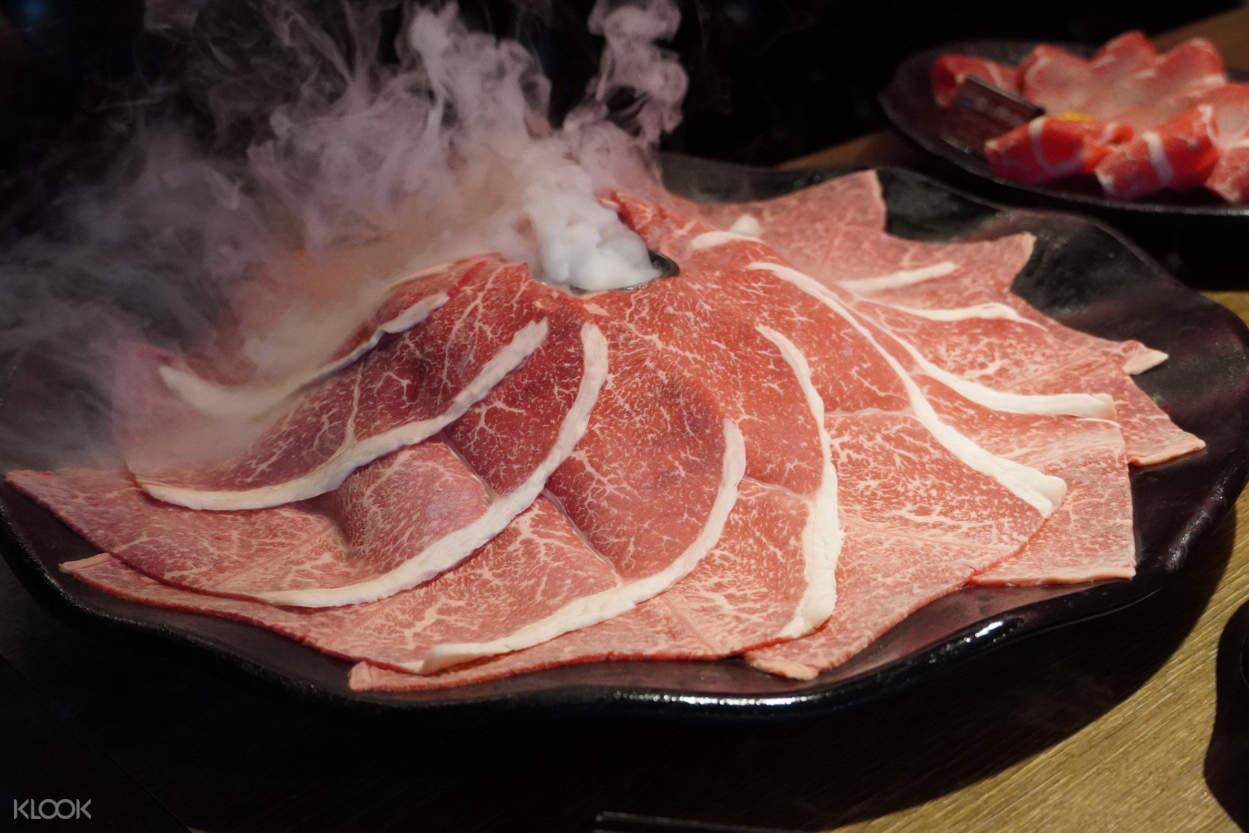 馬辣頂級麻辣鴛鴦鍋 - 頂級肉品