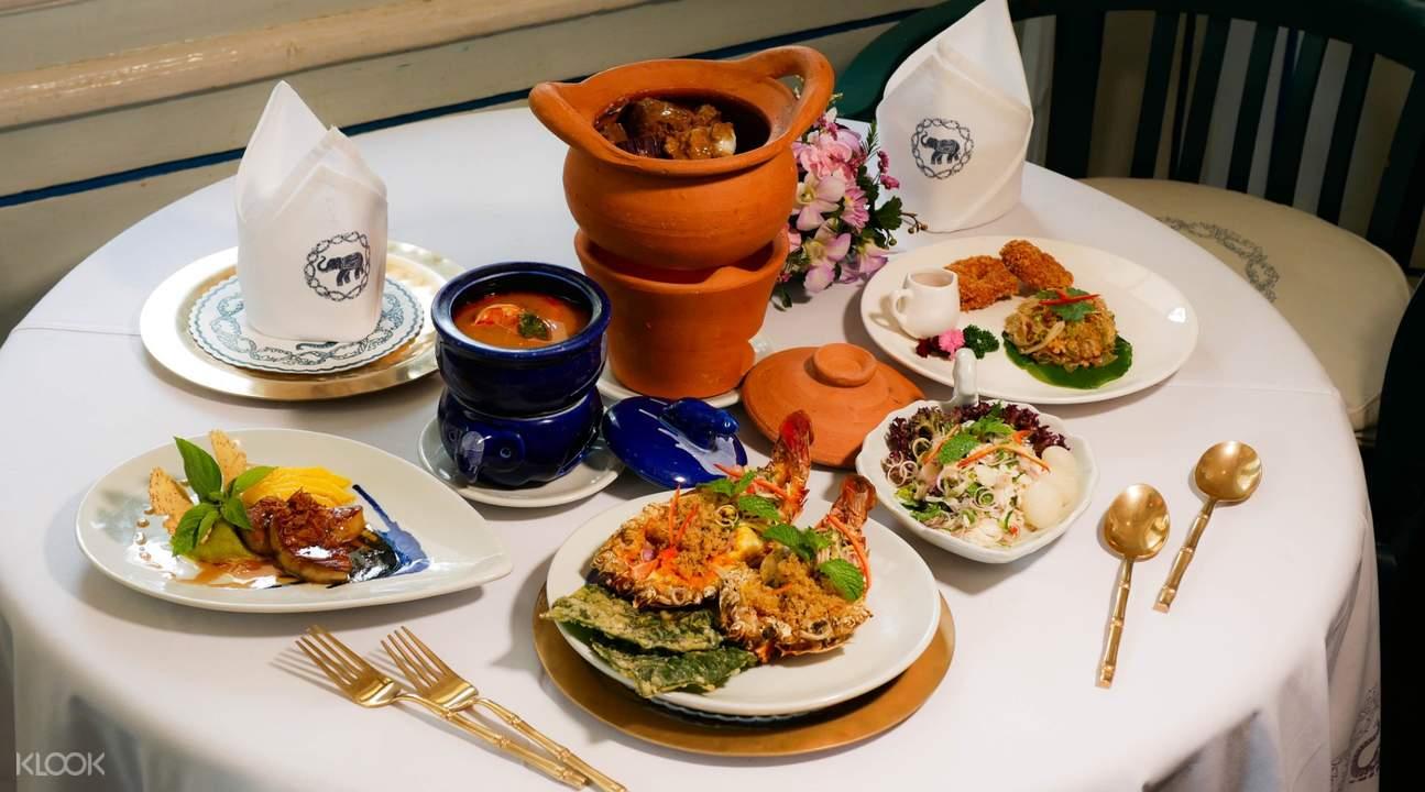 藍象餐廳 - 沙吞餐點的大小取決於套餐(照片中的是小尺寸的範本)