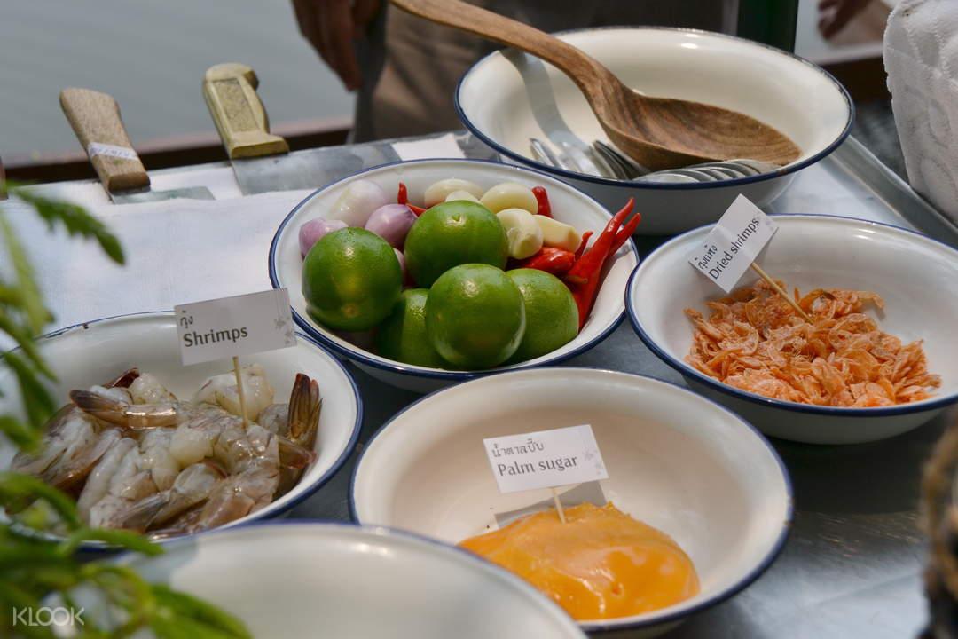 桑普蘭河畔傳統泰式烹飪課堂