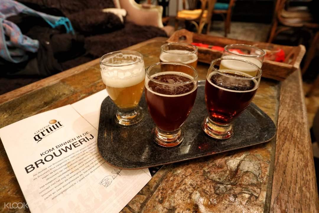 glasses of gruut beer in ghent