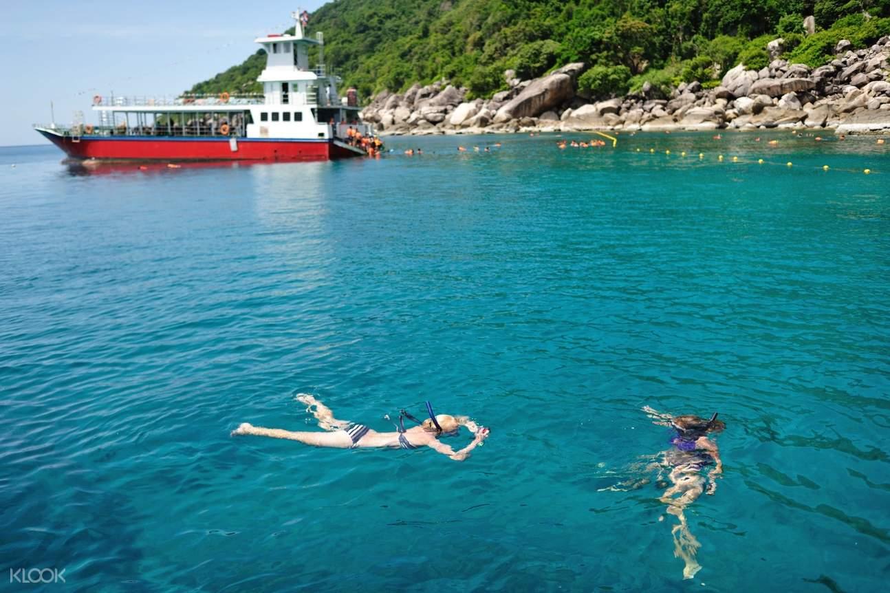 woman swimming in koh tao